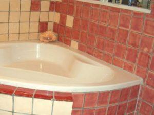 Casa de banho em azulejos vidrados