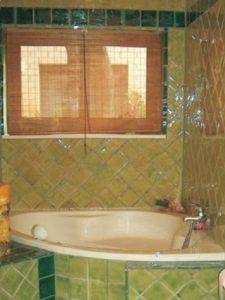 Casa de banho em azulejos vidrados 2