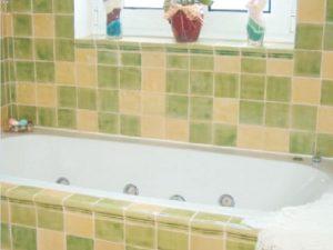 Casa de banho em azulejos vidrados 3
