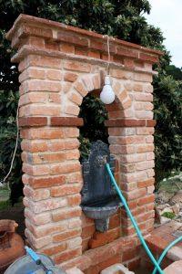 Fontenario em tijolo burro