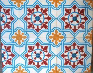 Ref 107 Branco amarelo bordeaux e azul