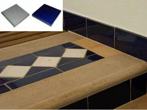 Ref 246 e 258 Pavimento com decoracao em azulejos vidrados