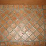 Ref 405 Ladrilho 15x15 cm com tratamento com verniz