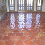 Ref 408 ladrilho hexagonal pavimento tratado com verniz acrilico