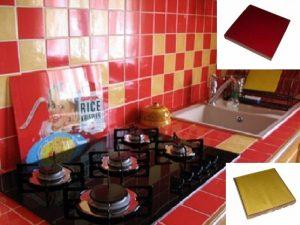 Ref 43 e 261 Cozinha e bancada em azulejo vidrado